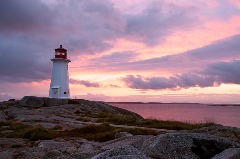 Book travel to the Maritimes online with Beforeifly!